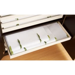 スタイリッシュな着物専用クローゼット 上棚&下盆収納・幅100cm 幅90cmまでのたとう紙が収納できる盆