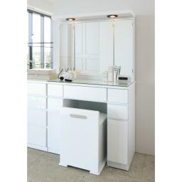 ライト付きドレッサーシリーズ ドレッサー(スツール付き) 幅80高さ139cm (ア)ホワイト 光沢仕上げが美しいホワイト