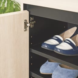 ヘリンボーン柄シューズボックス ロー・幅88cm 棚板は約3cm間隔で高さが調節できます。