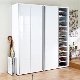 大量玄関収納 引き戸シューズボックス 幅77cm 美しい光沢感でシンプルモダンな玄関インテリア収納家具です。