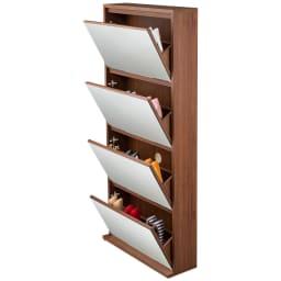 静かに開閉するミラー扉の薄型シューズボックス 4段 幅70cm フラップ扉を開いたイメージ。