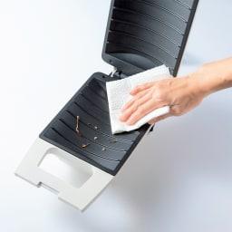 具だくさんホットサンドメーカー フッ素コートでお手入れ簡単。