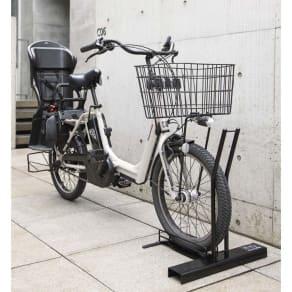 スロープ付き電動自転車スタンド 1台用(電動自転車専用カバー付き) 写真