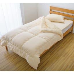 今治製タオルの寝具シリーズ 掛け布団 無染色 掛け布団と同じ今治製のタオル地を使用したボリュームたっぷりの敷くタオルとセットで使えばふわっふわの寝心地。※お届けは掛け布団のみです。