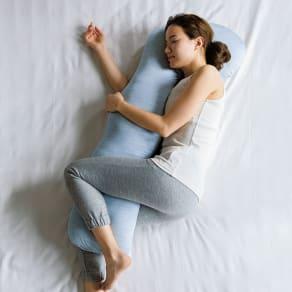 【デオアイスと同じ生地使用】快適な寝姿勢をサポート新・魔法の抱き枕(R)(ひんやりカバータイプ)  専用ひんやりカバー1枚 写真