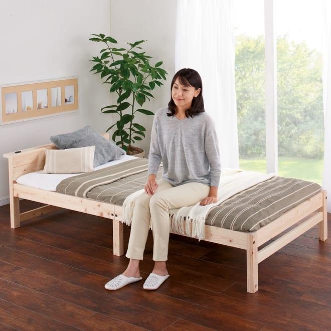 国産ひのき天然木すのこシングルベッド 棚あり(フレームのみ) 使い慣れた布団を敷いて、立ち座りがラクな高さに。