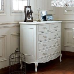 シャビーシック ホワイト フレンチ収納家具シリーズ チェスト 幅90cm お気に入りのお洋服や雑貨を大切にしまう、シャビーシックな収納箪笥です。