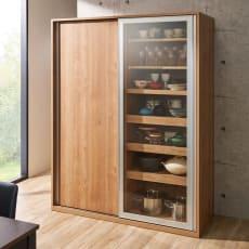 食器が取りやすい引き戸式魅せる収納庫 幅140奥行57.5cm