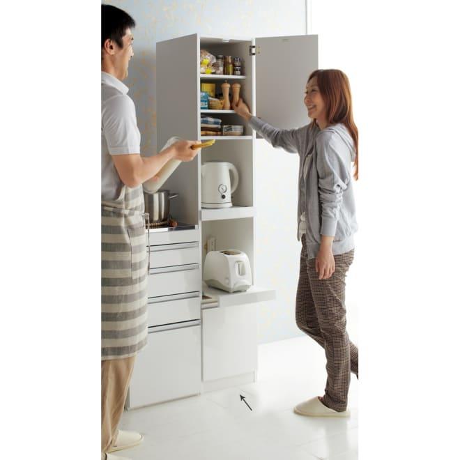 組立不要 幅と高さが選べる家電収納庫 ハイタイプ 幅35cm・奥行45cm 電気ケトルやトースターなど、キッチンやリビングの収納場所に困る家電を使い易く仕舞えます。