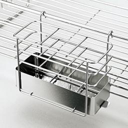 オールステンレス製 シンクに渡せる水切り フッ素加工トレー付きスリムロング 便利な付属品2点が付きます。 箸立て(底は外して洗えます)