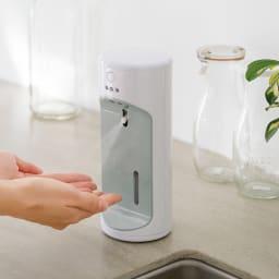 自動除菌液噴霧器「ウイルッシュ」お得な2個組 キッチン 使用イメージ