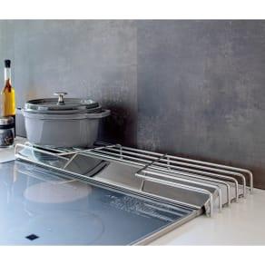 オールステンレス頑丈コンロ奥ラック 排気口カバー付き幅60cm用 写真