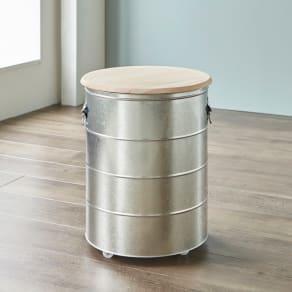 OBAKETSU/オバケツ 檜フタの米びつ 30kg用 キャスター付き 写真