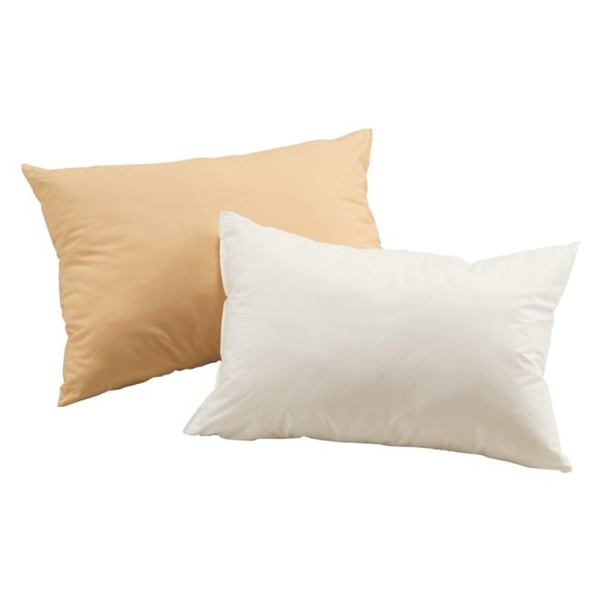 まるで羽毛みたい!!スノーホワイトプラス 布団シリーズ 枕 左から(イ)ベージュ (ア)ホワイト 枕 ダウンのようにふんわりとやわらかな枕。自宅で洗えて清潔です。