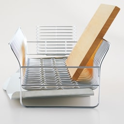 hanauta/ハナウタ 皿を縦にも横にも置ける水切り ロング ピンクゴールド 【本品】 まな板も倒れず立つ!まな板が立つうえに、広がったフレームのお陰で安定感よし。(使用例お届けするのはピンクゴールドです)