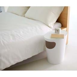 ENOTS くず入れサイドテーブル [I'mD/アイムディー] (ウ)ホワイト ベッドサイドテーブルとして