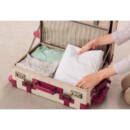 オネショしても安心!敷き布団プロテクターシーツ レギュラータイプ ファミリーサイズ 小さく畳めるから、旅先のオネショ対策にも使えます。