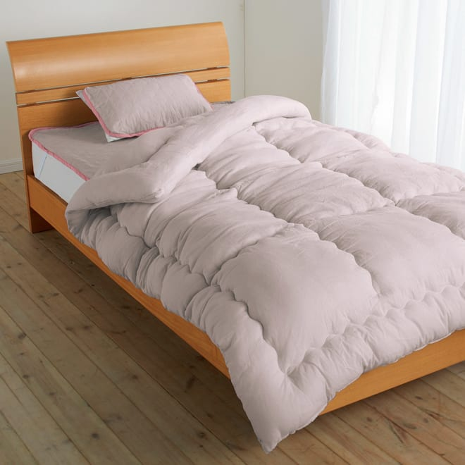テンセルTM &ガーゼ寝具シリーズ お得な掛け敷きセット(掛け布団+敷きパッド+ピローパッド) 中わた量2倍のボリューム掛け布団は寒がりさんにもおすすめ。 ※お届けは掛け布団+敷きパッド+ピローパッドです。