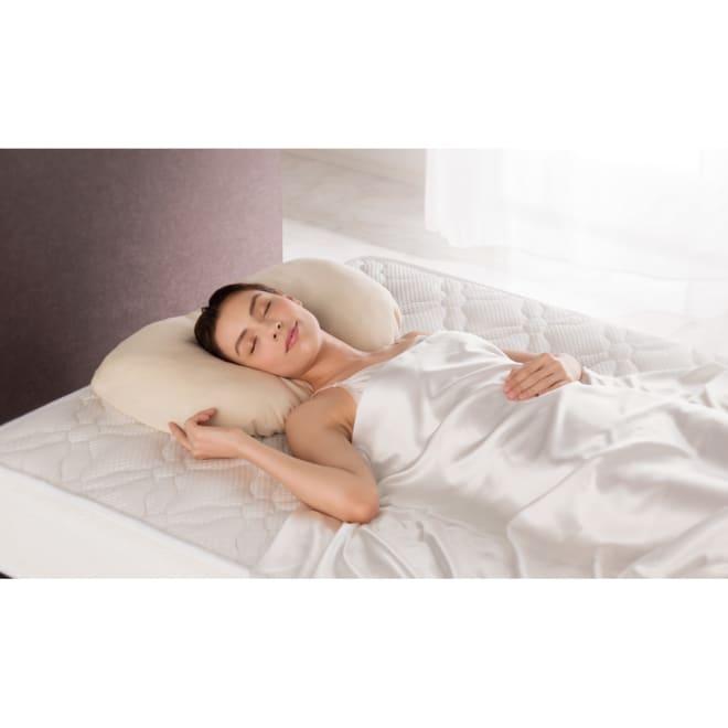 ブレスエアー(R) 3Dフィット枕 枕カバー付き 首や肩の悩みにブレスエアー(R)