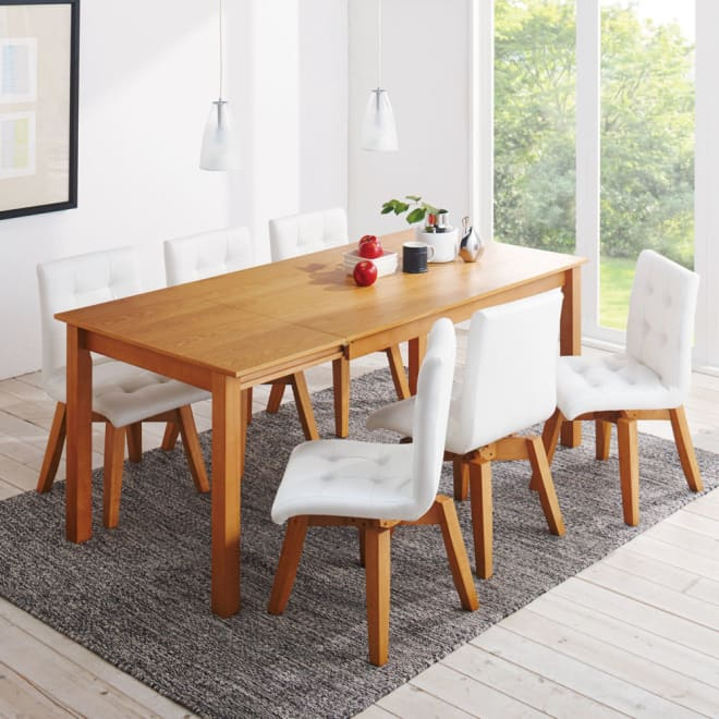 ナチュラルモダン伸長式オーク天然木ダイニングテーブル・幅135・180奥行85高さ70cm 使用イメージ≪テーブル伸長時幅180cm≫ ※お届けはテーブルです。