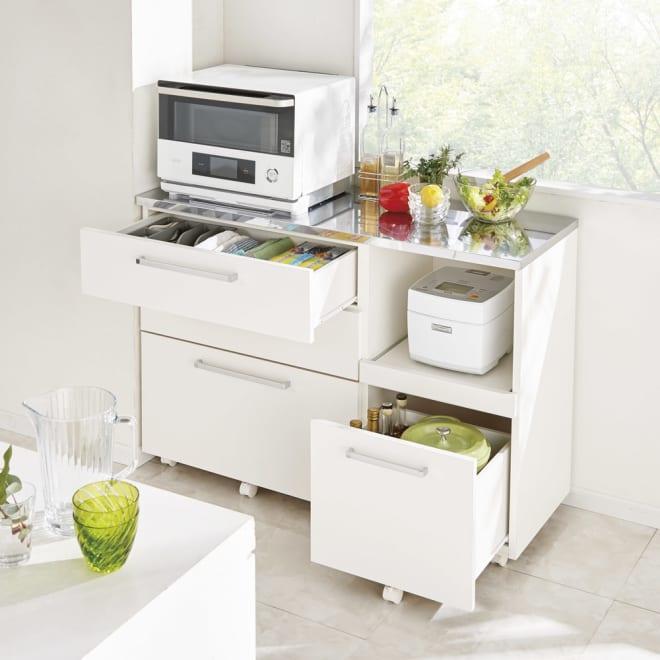 キレイ好きな人のためのキッチンカウンター 家電収納 幅120cm コーディネート例