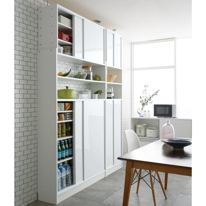 省スペースOK! 突っ張り式 薄型 引き戸 キッチン収納 食器棚 奥行30cmタイプ 幅120cm コーディネート例
