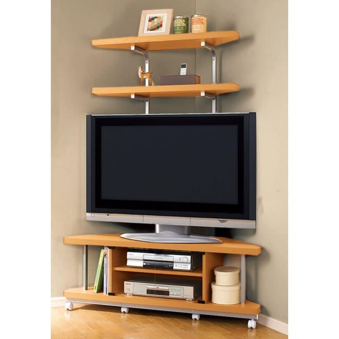 テレビ上の空間を有効活用できるシリーズ コーナー用テレビ台 幅120cm・棚2段 お部屋のどこからも見やすいコーナーボード。上棚も2段あるのでたっぷりとディスプレイや収納を楽しめます。