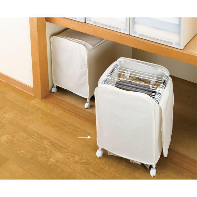 ジーパンもOK!頑丈スラックスハンガー 洗えるカバー付き・15本掛け カバーは家庭で洗えて常に清潔。