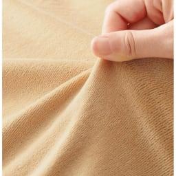 陽だまりのような温もり ふんわりキャメル敷きパッド【定番カラー:キャメル・ラベンダーグレー】 伸縮性と肌触りの良さが特長のベロアニット生地で包みました。