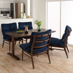 包まれる座り心地のリビングダイニング テーブル コーディネート例 ※お届けはダイニングテーブルとなります。