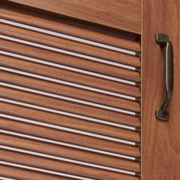 ルーバー扉トイレ収納庫 高さ75cm 通気性に優れ、湿気がこもりにくいルーバー扉。