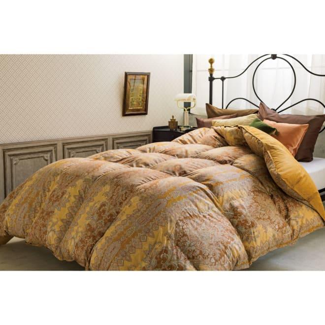 品質へのこだわり 西川ダウン マザーグース羽毛布団 コーディネート例 ※お届けは掛け布団です。※写真はクイーンサイズです。