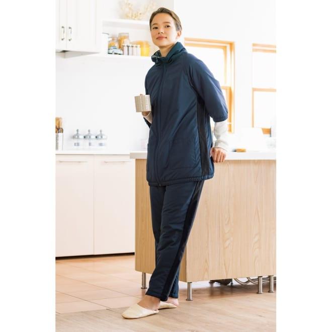 V-Air(R)使用あったか着る布団シリーズ ロングポンチョ (ア)ネイビー ※お届けはロングポンチョです。