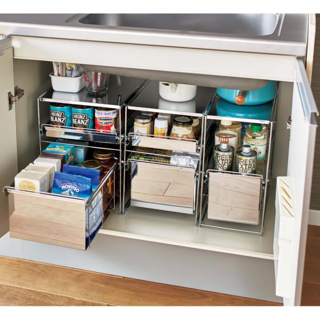 ステンレス製スムーズ引き出しラック 1段 幅25cm キッチンのシンク下を、使い勝手の良い引き出し式の収納棚にプチリフォーム。