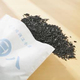 調湿木炭「出雲屋 炭八」 3リットル×5個 特典付き(スマート小袋2個) 湿気が気になる場所に置くだけ。除湿するだけでなく、適度に湿度を放出する調湿を行うから除湿剤より便利です!