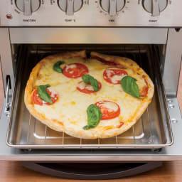 クイジナート エアフライオーブン トースター 特典付き (ピザ)21cmのピザも丸ごとOK。