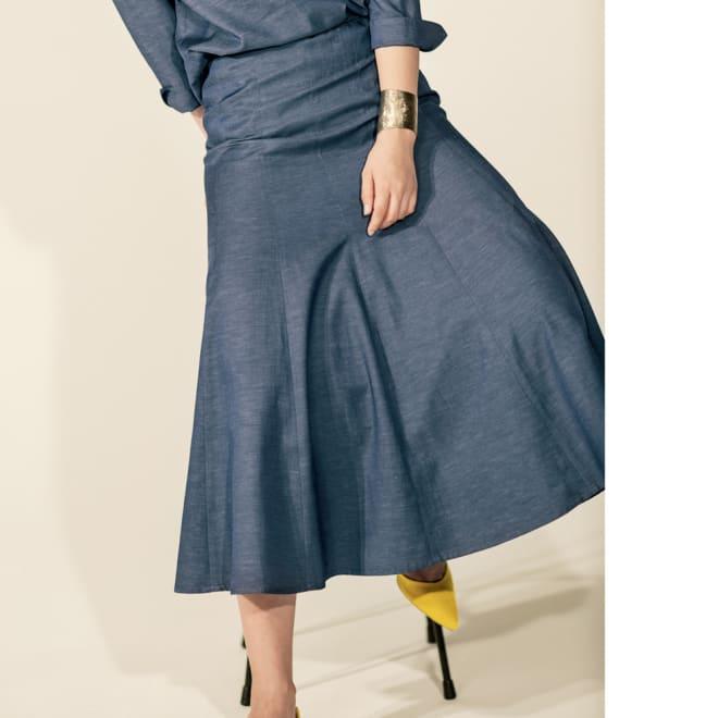 リネン混 シャンブレーシリーズ 12枚接ぎフレアスカート コーディネート例