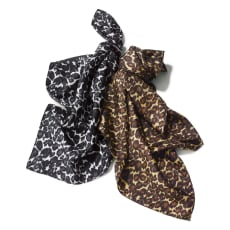 シルク100% レオパード柄スカーフ(日本製)
