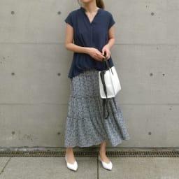 小花柄ティアード スカート (ア)ブルー系 コーディネート例