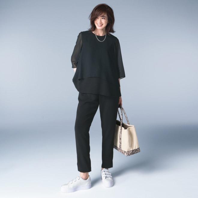 ブラックフォーマル対応 洗えるパンツスーツ コーディネート例
