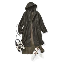 中わたフードベスト付き イタリア生地 モッズコート (ア)ダークカーキ コーディネート例 /[3way]コートのみ…コートはロングシーズン着られる薄手素材なので、さらっと羽織るのにもぴったり。はっ水加工なのも嬉しいポイント。
