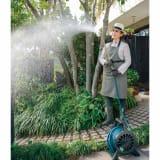 国産鋳物ホースリール&職人手作り柔らかな水の真鍮ノズル(長さ64cm)セット 写真