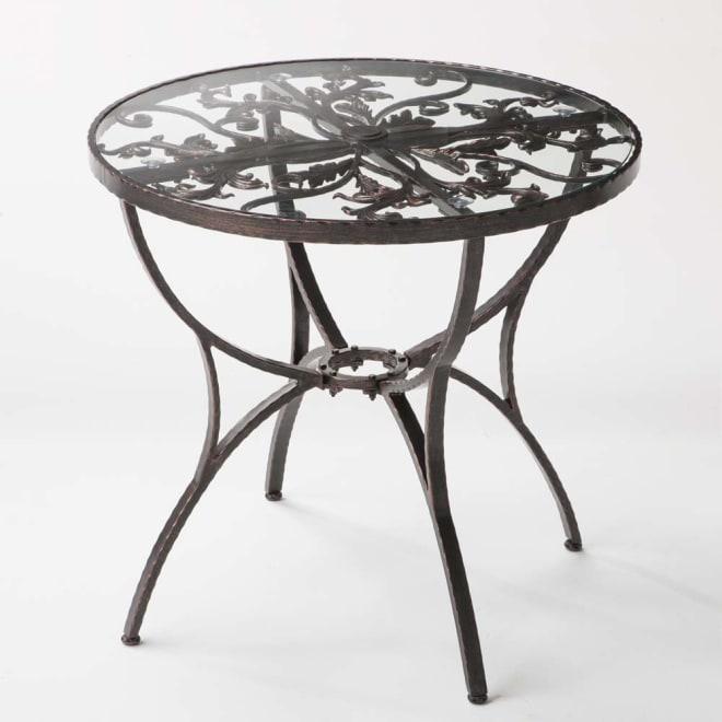 ロートアルミリーフ柄ファニチャー ラウンドテーブル お届けはラウンドテーブル単品です。