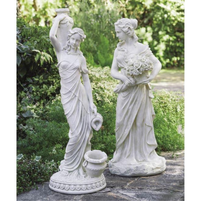 ロマンティックガーデンオブジェ バラを持つ女 ※こちらの写真が実際の色と近いです。 シリーズ商品「水を運ぶ女」と並べるとさらにエレガントに。