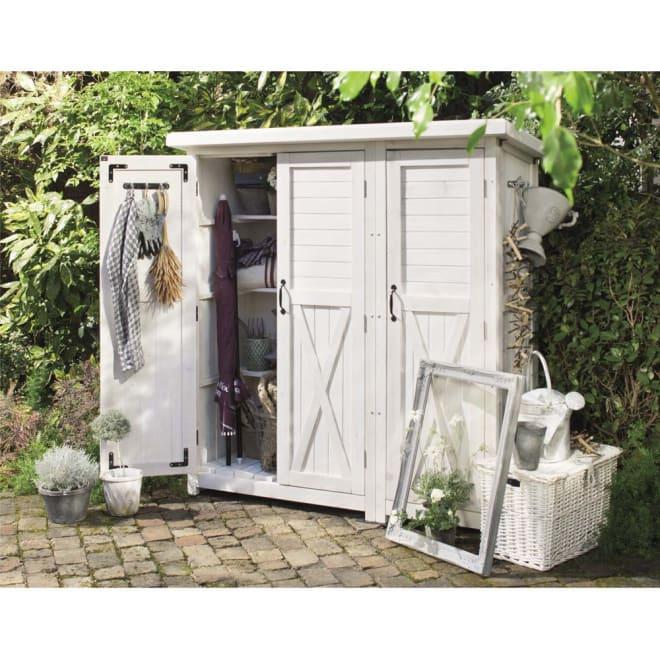 3つ扉シンプル木製収納庫 (ア)ホワイトウォッシュ ※ホワイトウォッシュは、木目を活かした淡い塗装仕上げです。