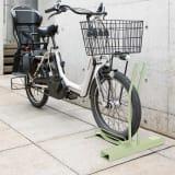頑丈自転車スタンド セージグリーン色 電動自転車用カバー付き 写真
