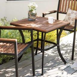 コンパクト人工木テーブル