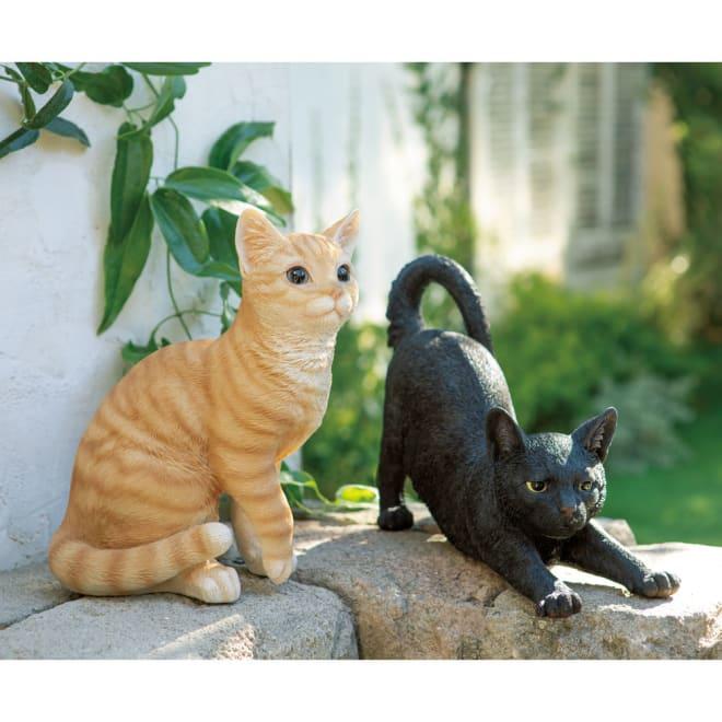 ネコのオーナメント 座りネコ ※画像左(ア)茶トラ