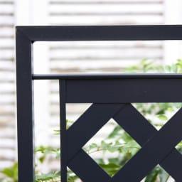 欧風トレリス付きプランターボックス〈ダークグレー〉 高さ100cm ヨーロッパの伝統色をイメージしたダークグレー。