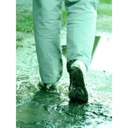 水をかけて固まる土 カチカチ君